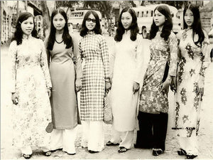 The hippy ao dai