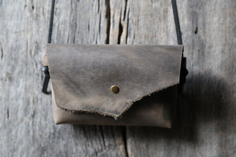 Soft grey crossbody clutch no. 2