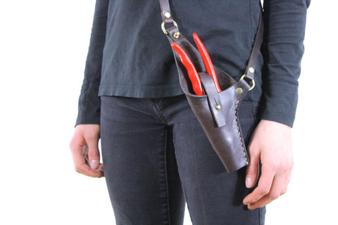 Crossbody Leather Pruner Holster in Chocolate Brown Steerhide