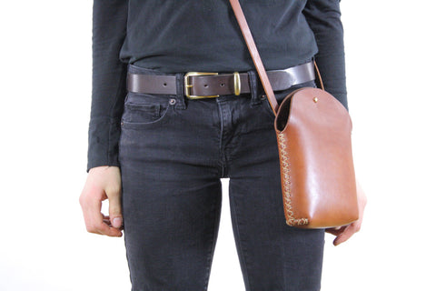 Minimalist Crossbody Bag in Honey Brown