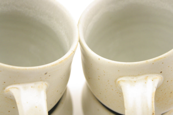 Pair of mugs in matte glaze