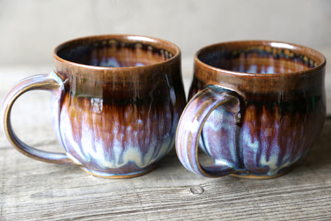 Pair of mugs in lavender glaze