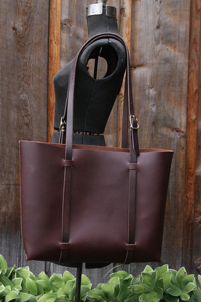 Classic large tote in cognac cordoban water buffalo leather