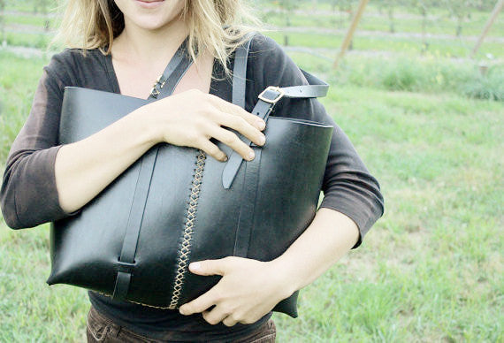 The Weekday tote in Black steerhide