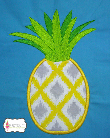 Pineapple frame applique.