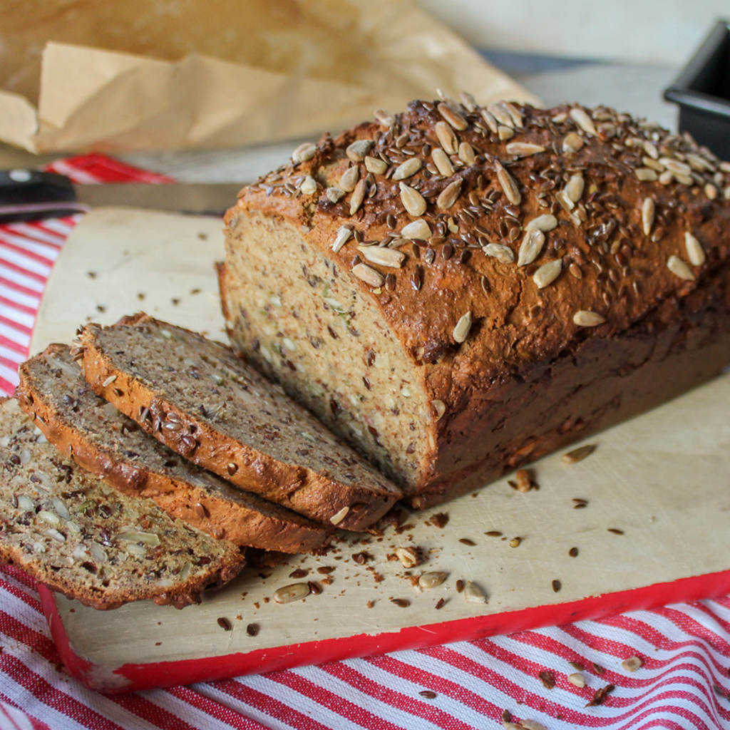 Paleo nut & seed blender bread