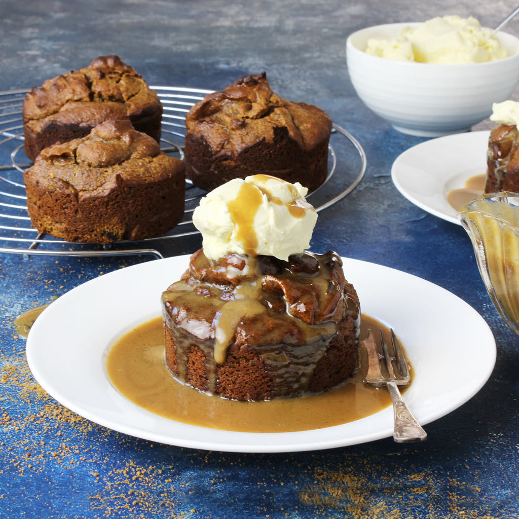 sticky date puddings
