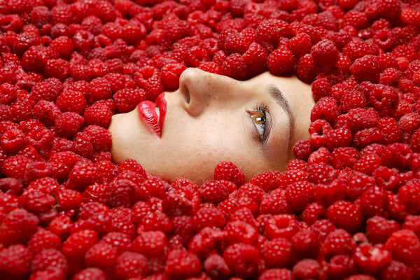 collagen protecting raspberry seed oil