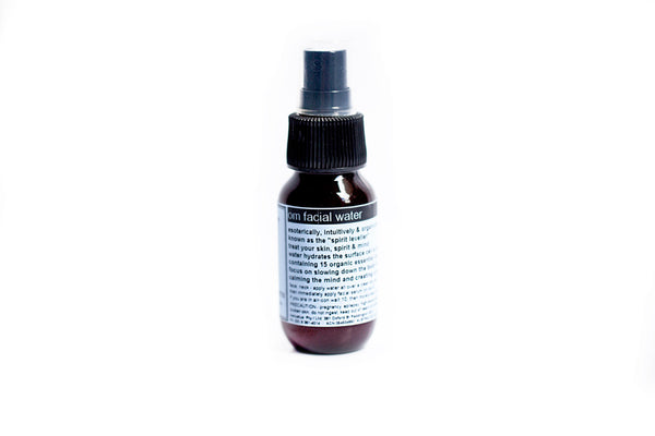 om facial water (mist) 50ml  water hydrate surface cells