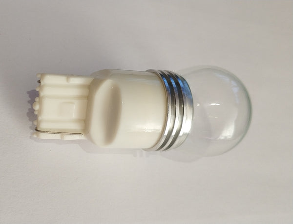 9w CREE Cool White 7440 LED Light Bulb - Electromann SA