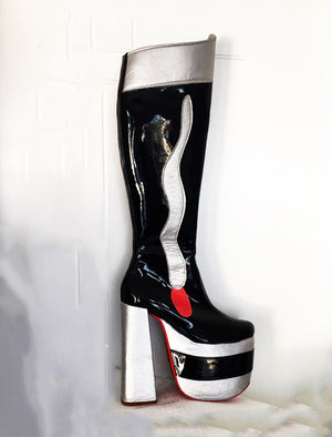 Female boots inspired by Catman Destroyer