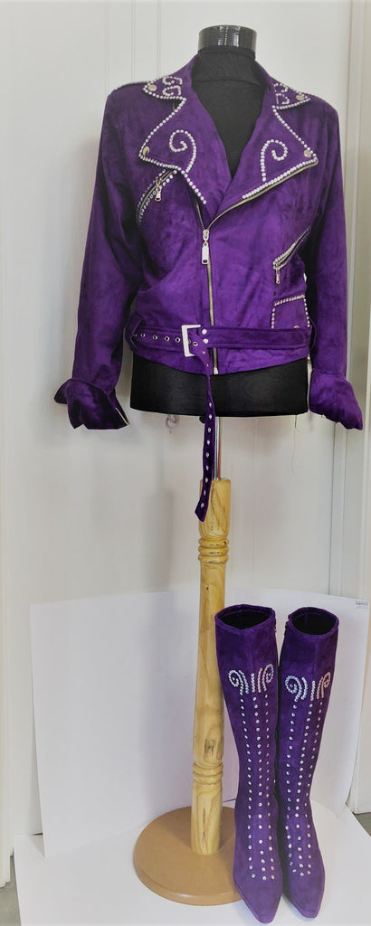 selena quintanilla jacket and boots with crystals