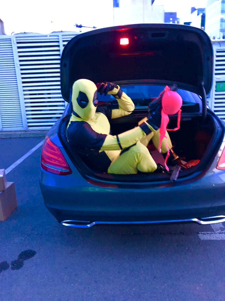 yellow deadpool cosplay costume with mask