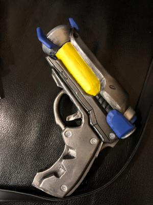 Overwatch OW Ana Amari Captain Amari Biotic Small Gun Cosplay