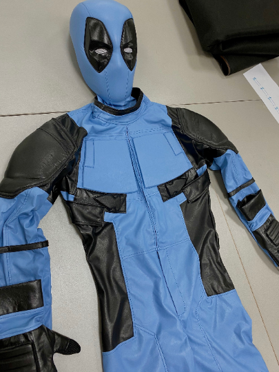Light blue Deadpool costume with mask