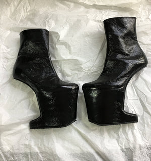 Black Heeless shoes / Anglo-Japanese heel less shoes