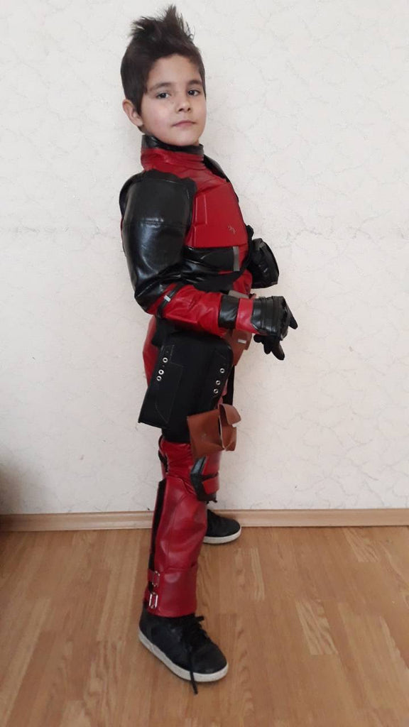 Deadpool costume for kids with movie mask and accessories