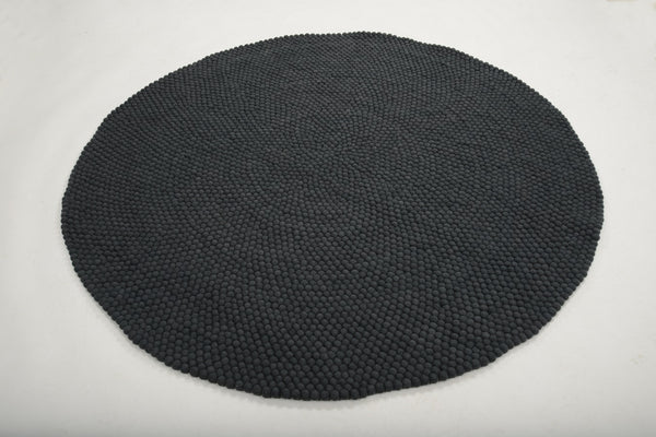 Black Felt Ball Rug 140cm