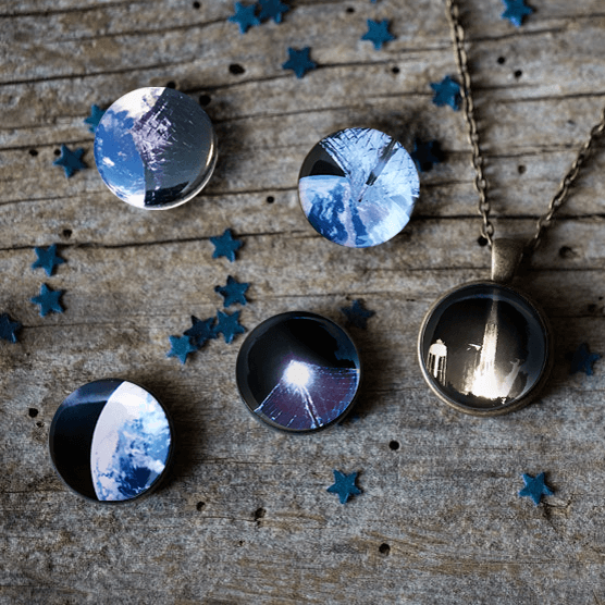 Interchangeable Planetary Society LightSail Necklace