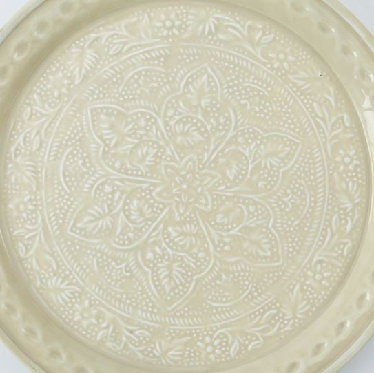 Medallion Plates, Assorted