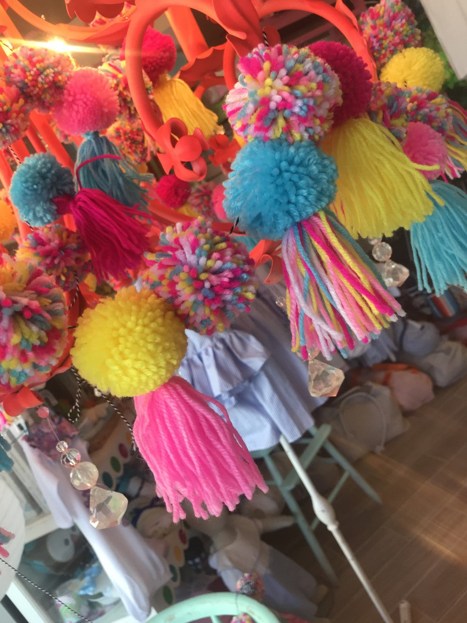 Garland: Colorful Pom Pom
