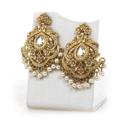 Simply Ramisa fan earrings