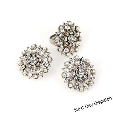 Manasa Ring and Earring studs ( Buy as Seen )