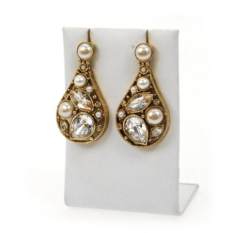 Insiyah Drop Earrings