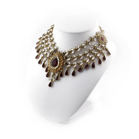Varisa Collar Necklace