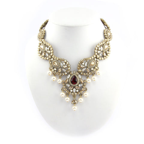 Sawana Pearl Drop Necklace