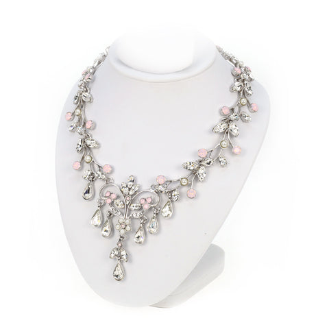 Classic Floral Necklace