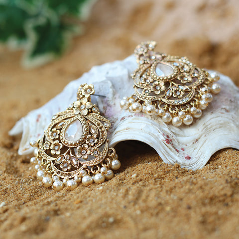 Ramisa Fan Earrings