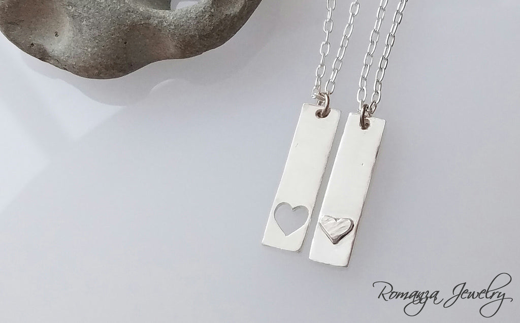 Couples Necklace You Carry my Heart bar