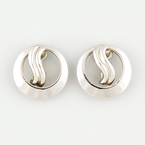 Round curve statement earrings