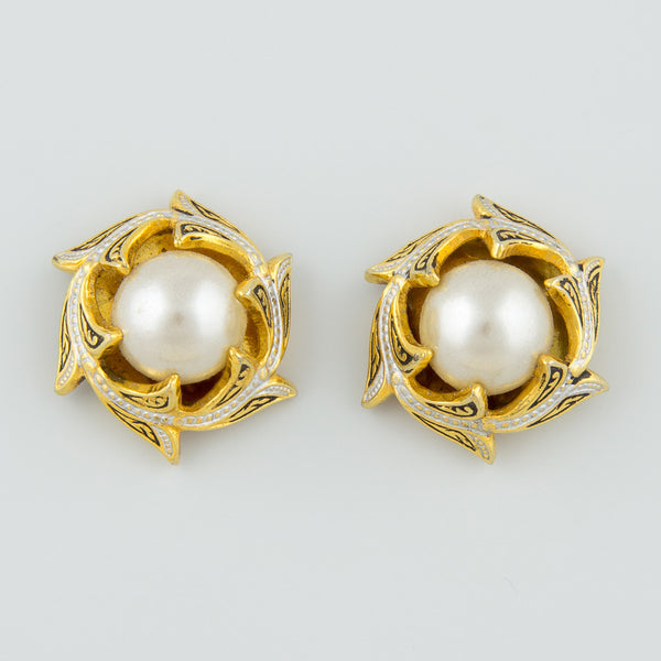 Pearl circle statement earrings