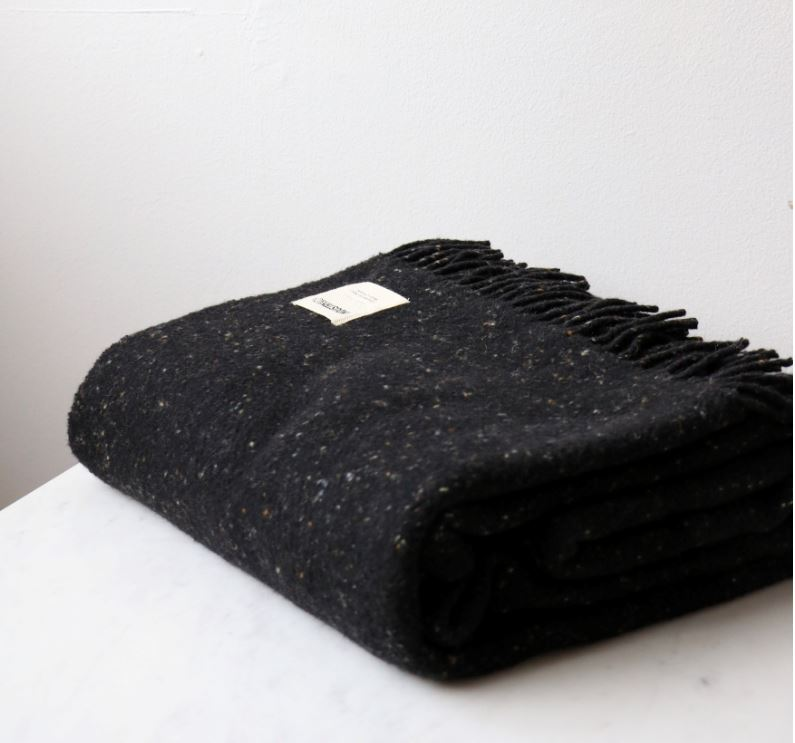 Irish Lambswool Blanket - Speckled Black Tweed