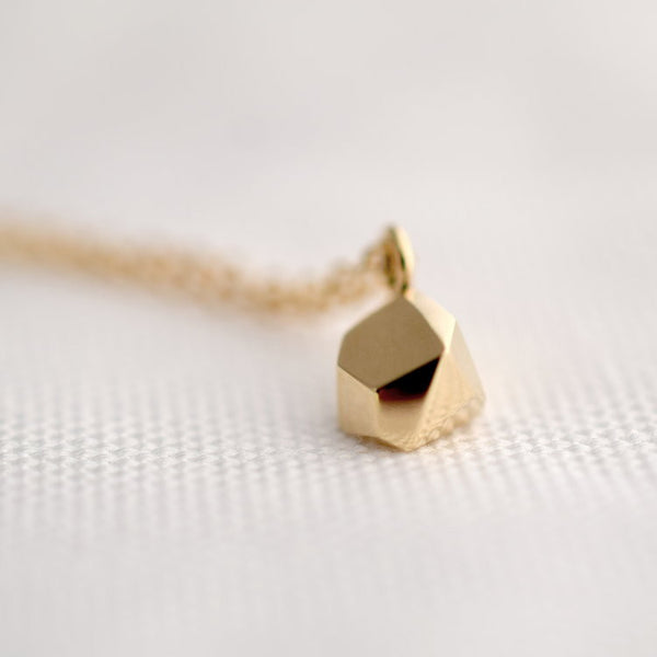 Necklace - Fionn - New Gem - 9 ct Gold