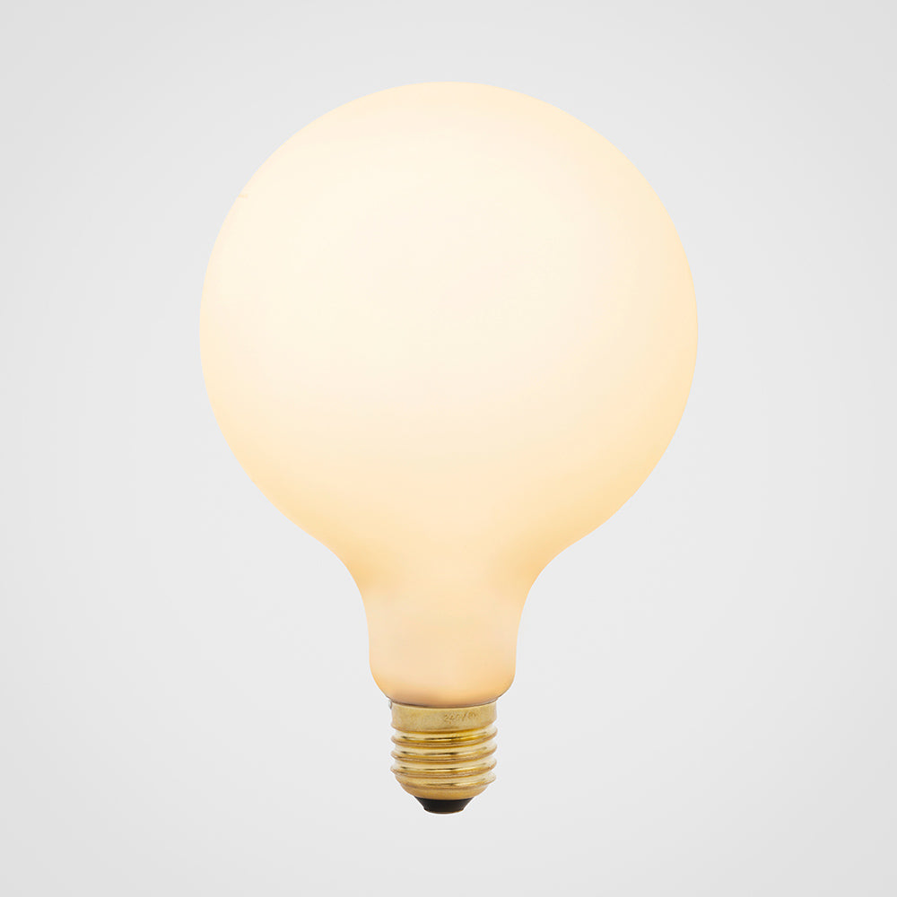 Bulb - LED - Porcelain III - E27
