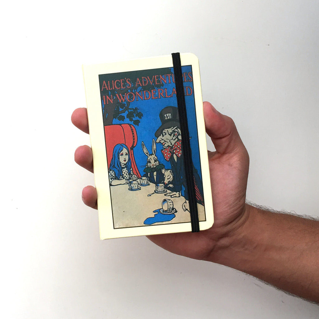Alice in Wonderland - Hardcover