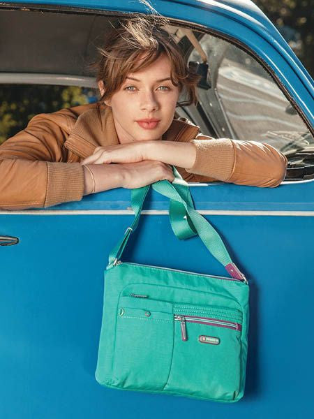 Crossbody Bag - Ottawa Two-Tone City Crossbody Bag Atlantis Teal Blue Model