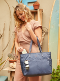 Tote Bag - Quarry Tote Model Mood Blue