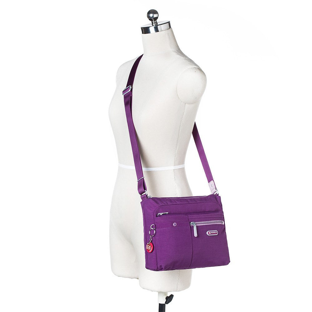 Crossbody Bag - Ottawa Two-Tone City Crossbody Bag Mannequin