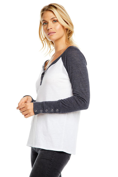 BLOCKED JERSEY L/S SNAP CUFF RAGLAN HENLEY WOMENS chaserbrand4.myshopify.com