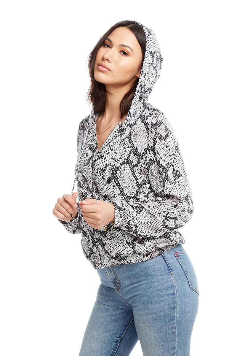 Heirloom Wovens Cropped Long Sleeve Zip Up Flap Panel Hoodie Jacket WOMENS chaserbrand4.myshopify.com