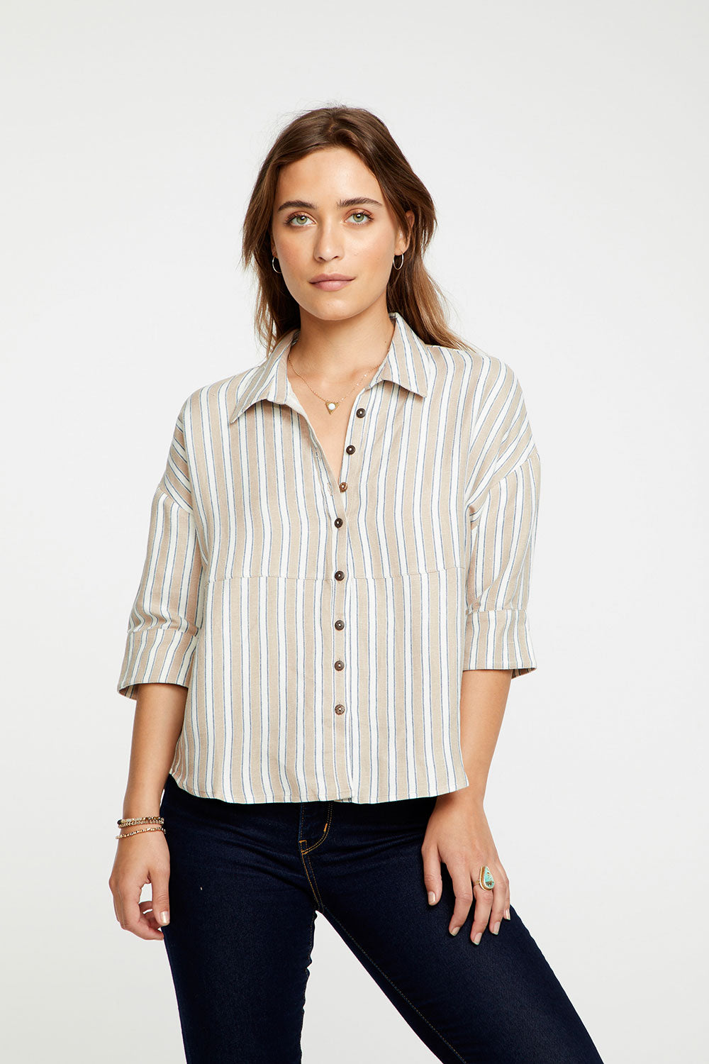 Linen 3/4 Roll Sleeve Seamed Shirttail Drop Shoulder Button WOMENS chaserbrand4.myshopify.com