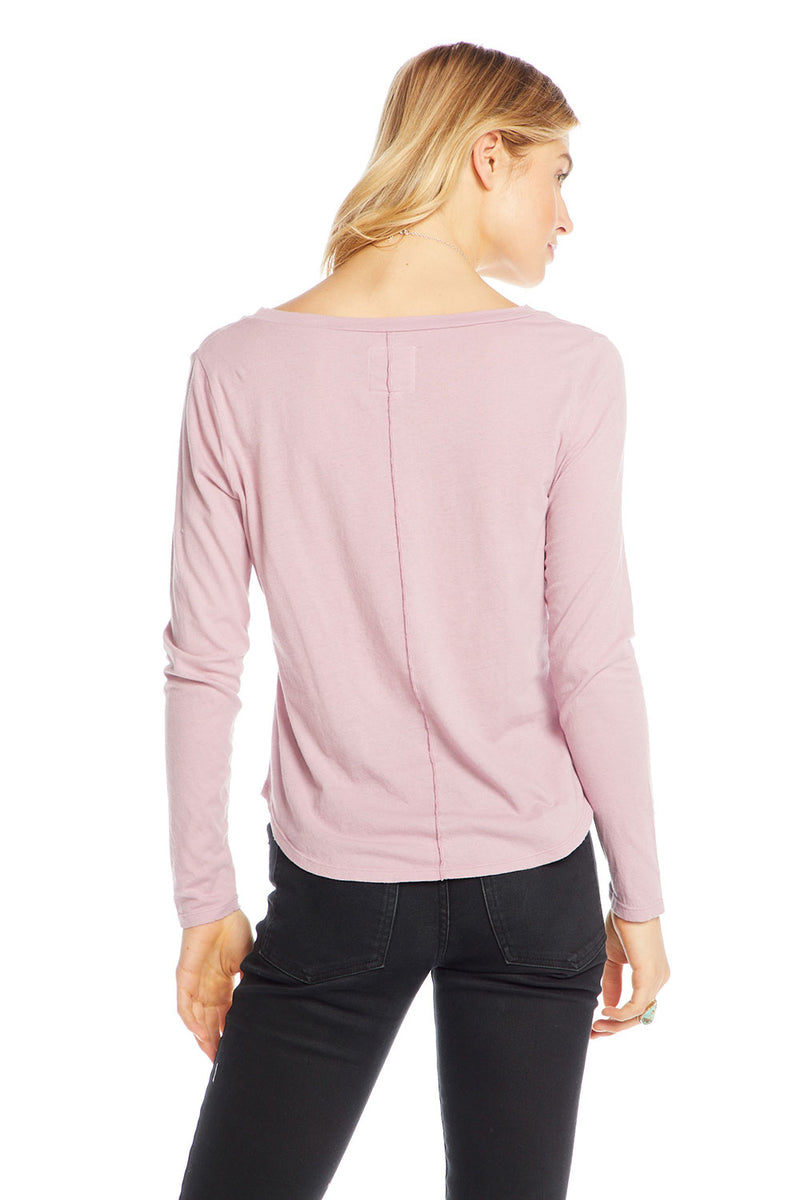 Cotton Basics Long Sleeve V-neck Seamed Back Pocket Tee WOMENS chaserbrand4.myshopify.com