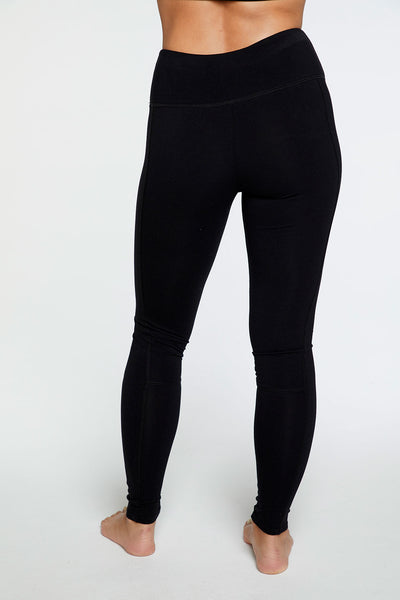 Quadrablend Seamed Panel Legging in True Black WOMENS chaserbrand4.myshopify.com