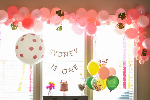 1st birthday balloon arch