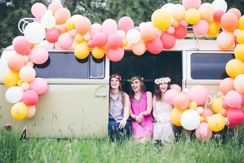 boho balloon bus