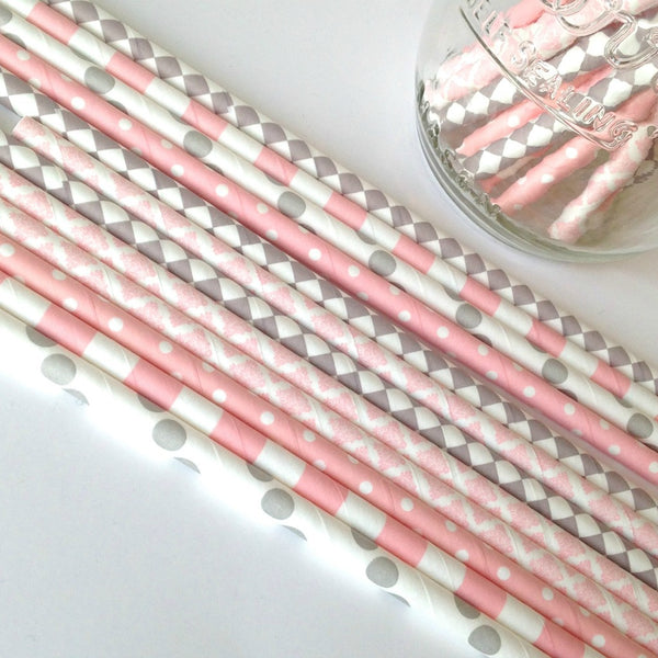 pink and gray straws